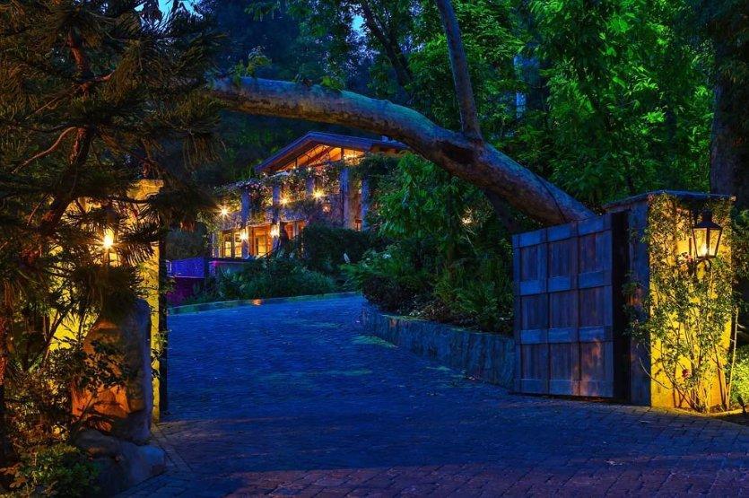 Jennifer Lopez žije v přepychu: K její vile v Bel Air patří i vlastní kino a minigolfové hřiště