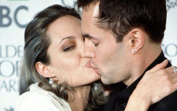 Co nebo KDO skutečně stojí za rozchodem Angeliny a Brada? Budete se hodně divit!