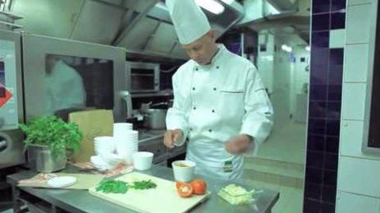 Boží skrytá kamera, která zničí vaše předsudky o jídle: Po tomhle se stanete milovníky polévek!