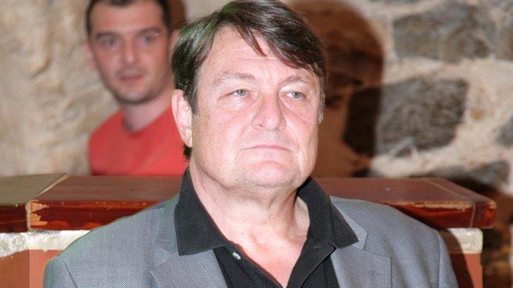 Ladislav Štaidl je v nemocnici: S těžkým průběhem nemoci covid-19 bojuje o život