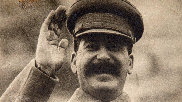 Uplynulo 68 let od smrti Stalina. Krutovládce a šíleného diktátora dostala mrtvice