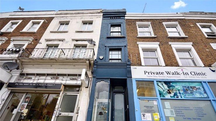 Bydlení pro hubeňoury: Nejužší dům v Londýně má na šířku méně než 2 metry