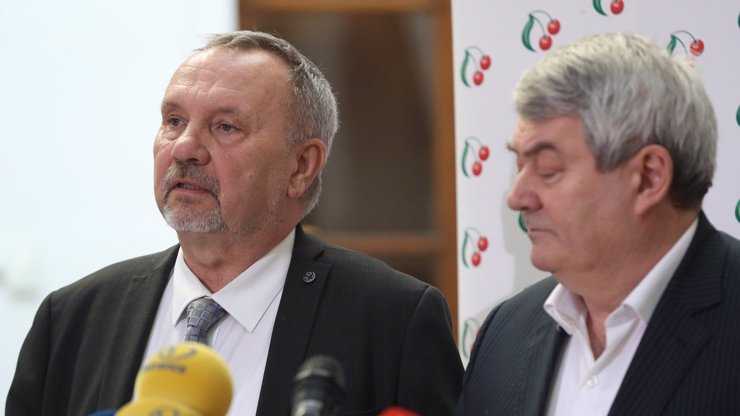 Volební smůla: Kandidát do Senátu Pavel Kováčik se propadl střechou, je v těžkém stavu