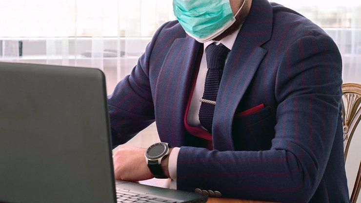 Jaké české společnosti byly průkopníky v zavádění opatření proti koronaviru?
