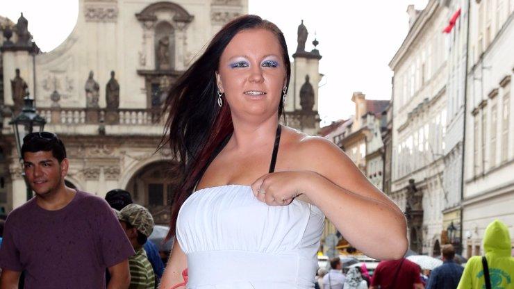 Sexuchtivá Polka se brání: Nemám AIDS, někdo se mi naboural do profilu