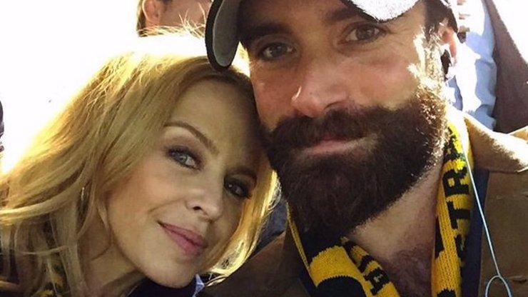 Zlomená Kylie Minogue: Snoubenci dala kopačky kvůli nevěře! A to už všude vyprávěla, jakou plánují svatbu...