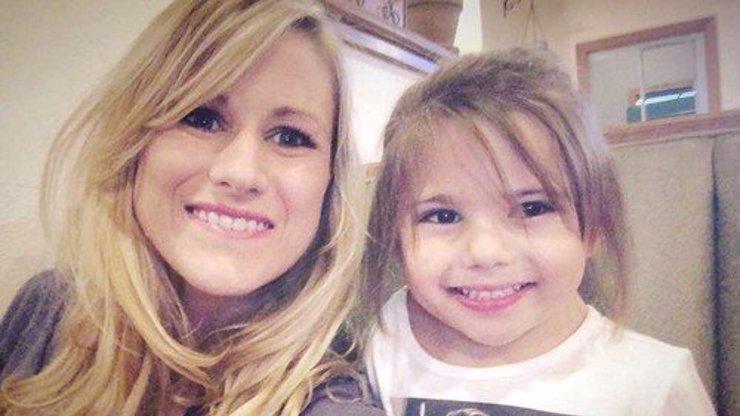 Prodělala 20 operací, než jí bylo šest let! Holčička se zvláštní chorobou chce být roztleskávačkou
