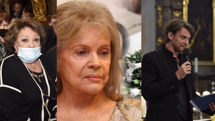 10 nejdojemnějších fotek z pohřbu Evy Pilarové (†80): Zarmoucená Jiřina Bohdalová a dojatý Vojta Dyk