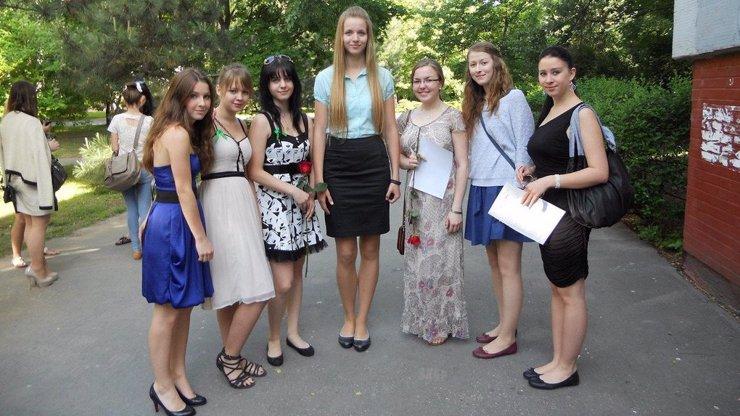 12 životních těžkostí, které pochopí jen vysoké holky