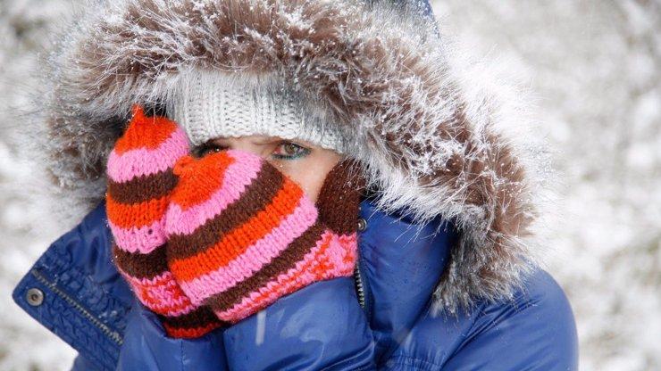 Blíží se tuhá a krutá zima? K Evropě se žene drsný polární vír, varují meteorologové