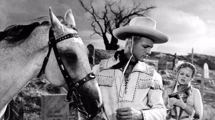 Limonádový Joe slaví 56 let: 16 nejlepších hlášek z kultovního filmu, které baví dodnes