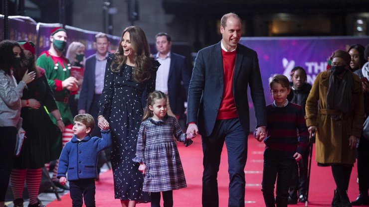 Další těhotenství v královské rodině? Vévodkyně Kate zřejmě čeká čtvrté dítě