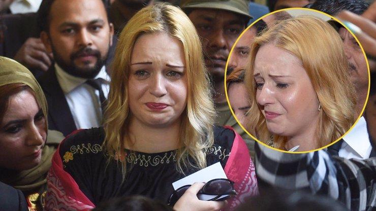 Tereze Hlůškové zbyly oči pro pláč: Další Vánoce v Pákistánu, soudci dostali volno