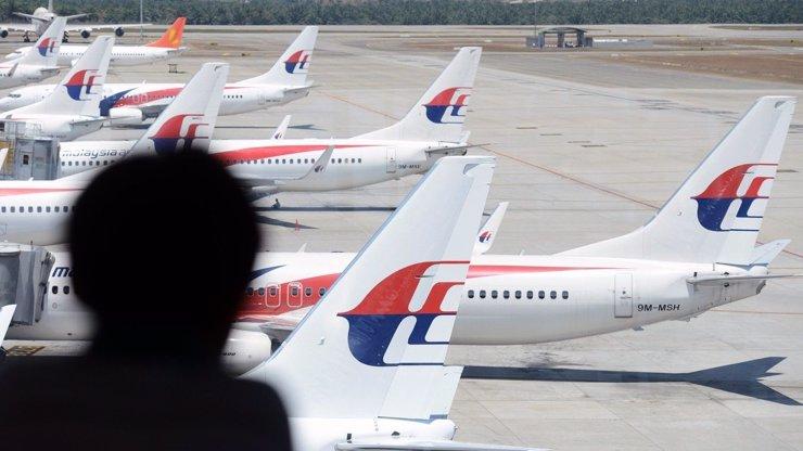 A cenu troll roku vyhrává... Malajsijská vláda! Po roce oficiálně oznámila smrt pasažérů ze zmizelého letadla