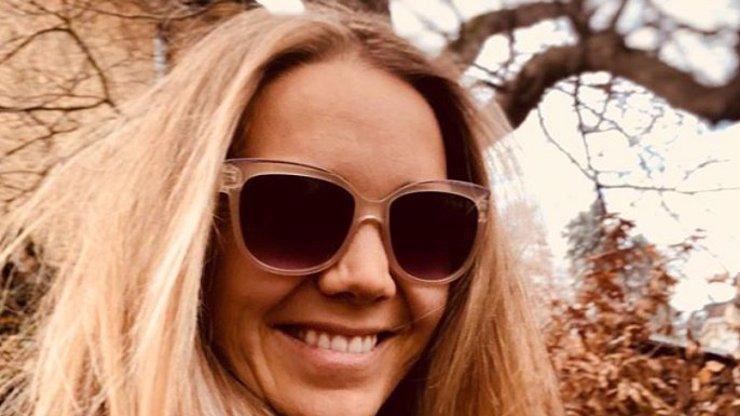 Lucie Vondráčková se pochlubila těhotenským bříškem: Láskyplné dotyky v 5. měsíci