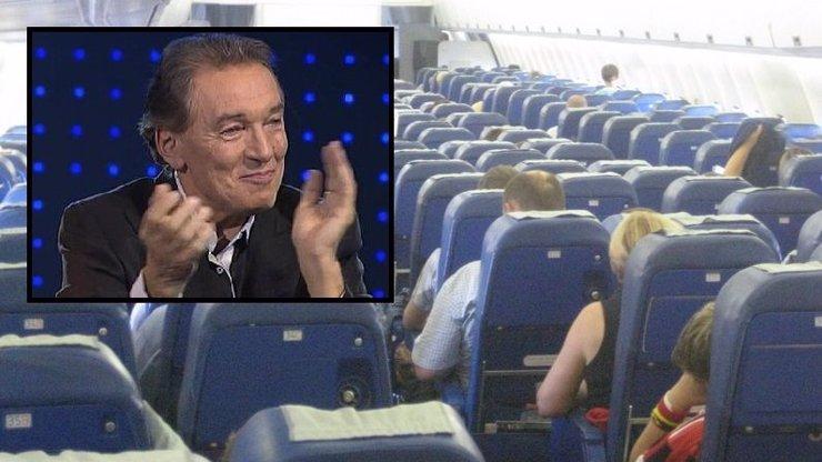 Češi tleskají v letadle: Proč to děláme? Jsme fakt totální burani?