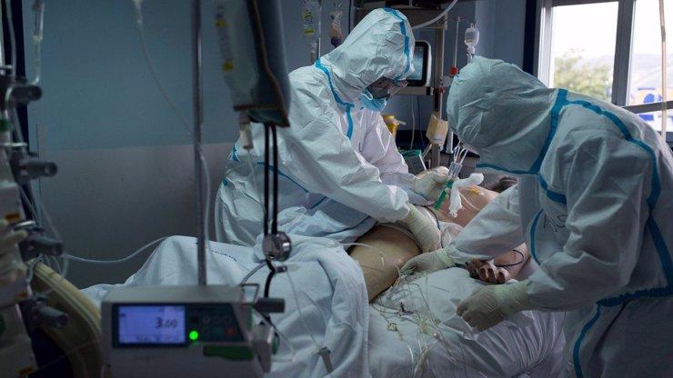 Trutnovské peklo: Nikdy mě za život neučili, že mi umřou dvě třetiny pacientů, říká sestra