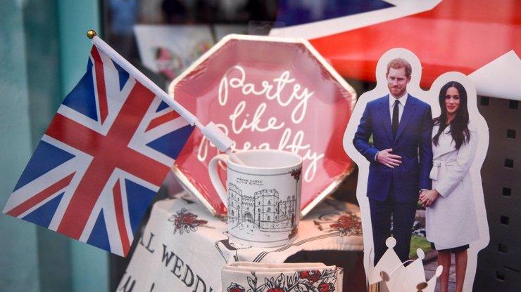 Britové vrací Meghan úder: Hanebná zrada královny! Rozpoutala válku, vztekají se