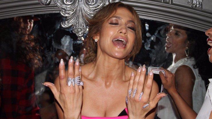 Tak ta hodně slušně přebrala: Jennifer Lopez řádila totálně pod parou na mejdanu v New Yorku!