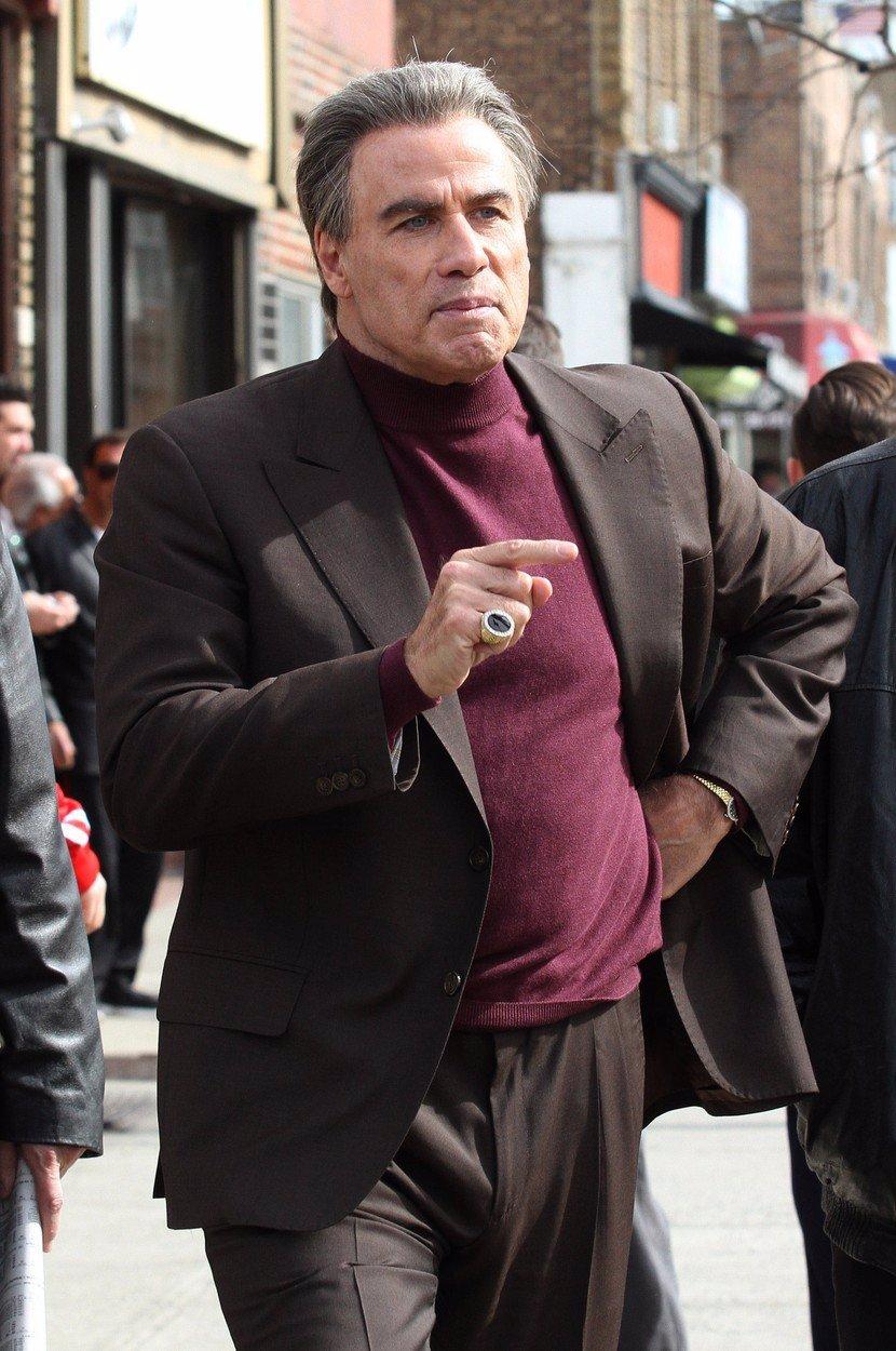 Z Dannyho Zuka je dědula! John Travolta se změnil v oplácáného seniora, poznáte ho ještě?