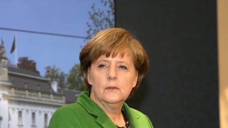 Zdravotní stav Angely Merkel se tají z politických důvodů, říká psychiatr
