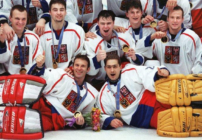 Dominik Hašek ještě jako hokejista s národním týmem.