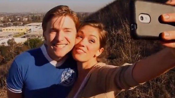 Kruté odhalení navenek perfektního páru: Co se skrývá za dokonalou vztahovou fasádou na Facebooku?