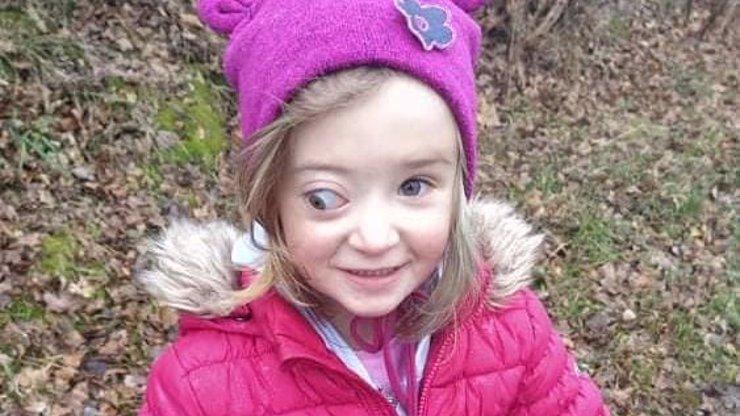 Malá Lucinka má nádor v oku, její bráška nechodí: Vznikla sbírka, pomoci dětem můžete i vy