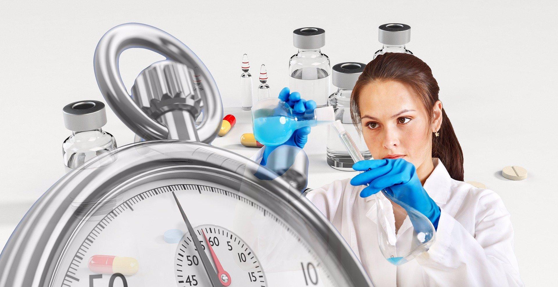Děsivá prognóza: Teplo koronavirus nezastaví, v létě to bude nejhorší, tvrdí vědci