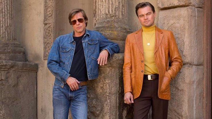 Tenkrát v Hollywoodu: Brad Pitt a Leonardo DiCaprio byli úplně hotoví z Luka Perryho