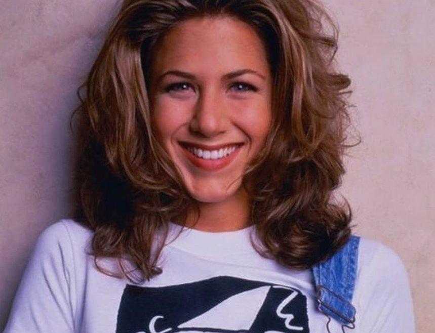 Přátelé vešli na obrazovky před 26 lety: Monica podlehla plastikám, Chandlera zničil alkohol