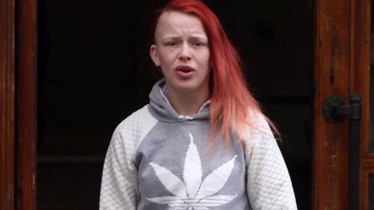 Tahle žena nevydrží v žádném vězení: Za její odporný čin ji chtějí vězeňkyně stáhnout z kůže!