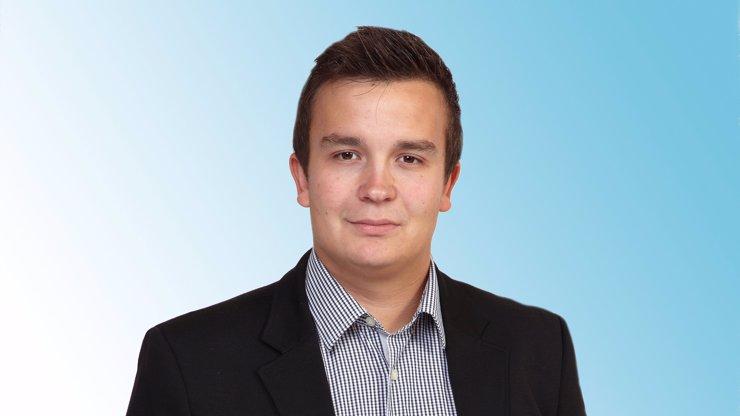 Mladý politik z Hradecké kandidátky se s tím nemaže: Neuvěříte, co slíbil občanům, když mu dají důvěru!