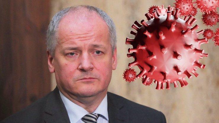 Roman Prymula plánuje kroky proti koronaviru: Lidé by mohli karanténu trávit v hotelu
