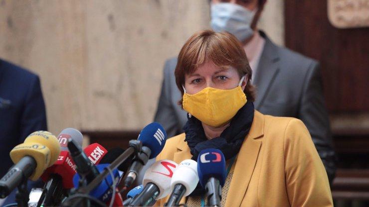 Hlavní hygienička Jarmila Rážová má koronavirus, Babiš s Vojtěchem jsou v ohrožení