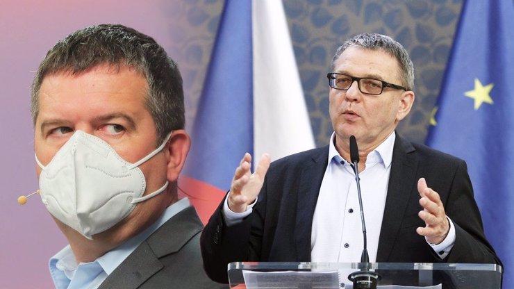 Škatulata s ministry: Hamáček chce hamat zahraničí pro sebe, Zaorálek se cuká