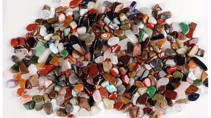 15 metod čištění a nabíjení drahých kamenů: Jak o minerály správně pečovat, aby fungovala jejich zázračná síla?