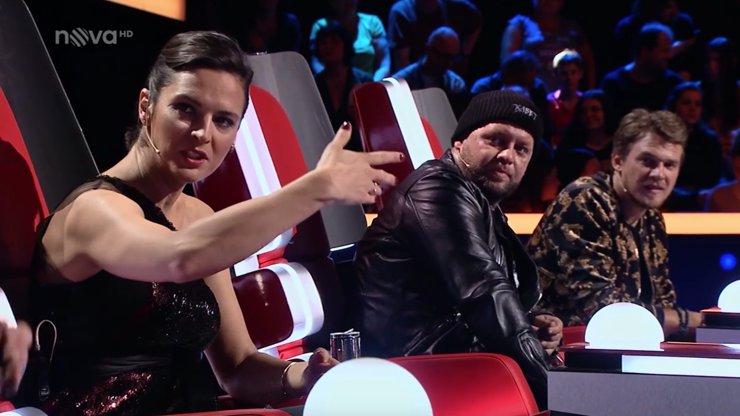 Tým Kirschner jde v The Voice na popravu! Diváci přestali soudit Janu, celá soutěž je podle nich fraška!