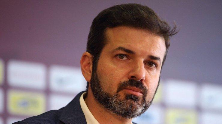 Po další prohře předvedl ukázkové fňukání na tiskovce: Stramaccioni si přeje, aby se fauly na Rosického posuzovaly jinak