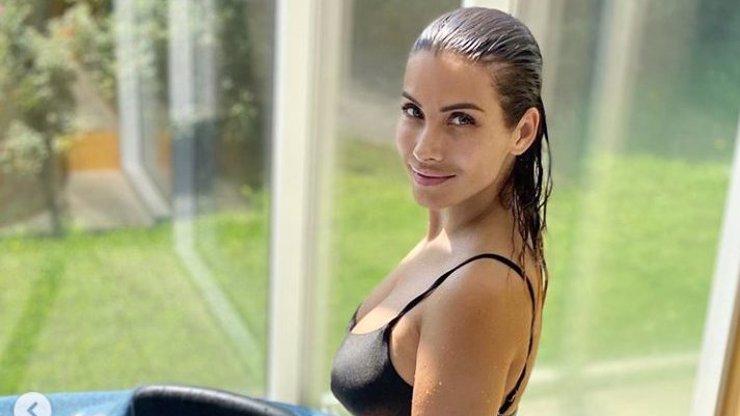 Eva Decastelo odhodila stud i svršky: Hvězda Slunečné se ukázala nahoře bez