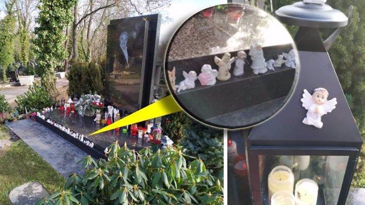 Záplava svíček z hrobu Karla Gotta byla odstraněna, zmizely i dary od dcer. Chrání ho jen andělíčci