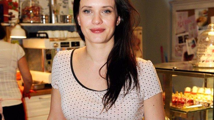 Sexy herečka Kristýna Leichtová má problémy s prsy. Jsou její zkázou!