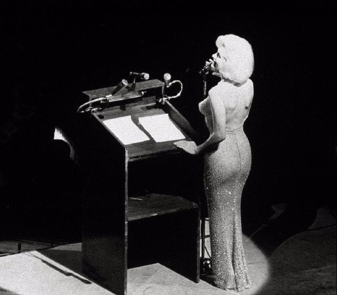 Od smrti Marilyn Monroe uplynulo téměř 60 let. Sexbomba z Hollywoodu udržovala milostný poměr i s Kennedym