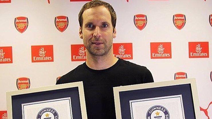 Obrovská pocta. Petr Čech se zapsal do Guinnessovy knihy rekordů! V čem je český brankář tak jedinečný?