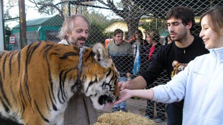 Zoo v ohrožení: Nejsou peníze na žrádlo, zvířata se budou asi muset pojídat navzájem