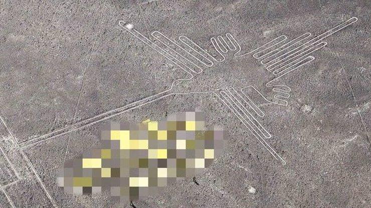 Ekoteroristi z Greenpeace se tedy vyznamenali, svou blbostí poničili vzácný obrazec na planině Nazca!