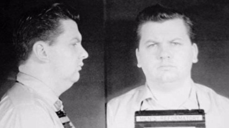 Sériový vrah John Wayne Gacy znásilnil a zabil 33 chlapců: Polibte mi, zněla jeho poslední slova