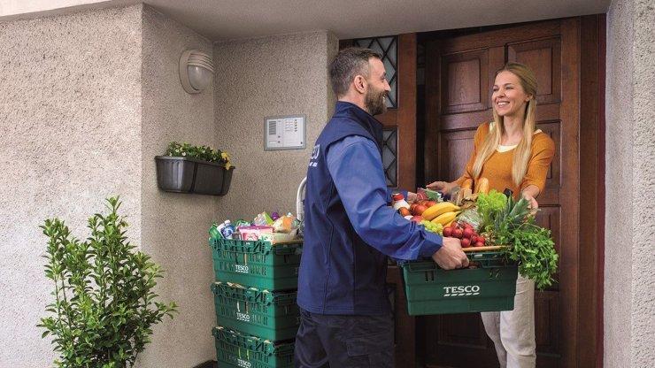 Tesco výrazně rozšiřuje rozvoz potravin. Nově bude zavážet na Děčínsku, Vysočinu, Přerovsku a Zlínsku