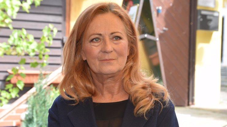 Koronavirus po Bílé a Zagorové zasáhl i Simonu Stašovou: Herečka ztratila hlas