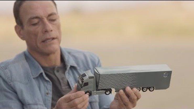 Podívejte se na přípravu geniální reklamy na Volvo s Jeanem-Claudem Van Dammem: Známe její tajemství!